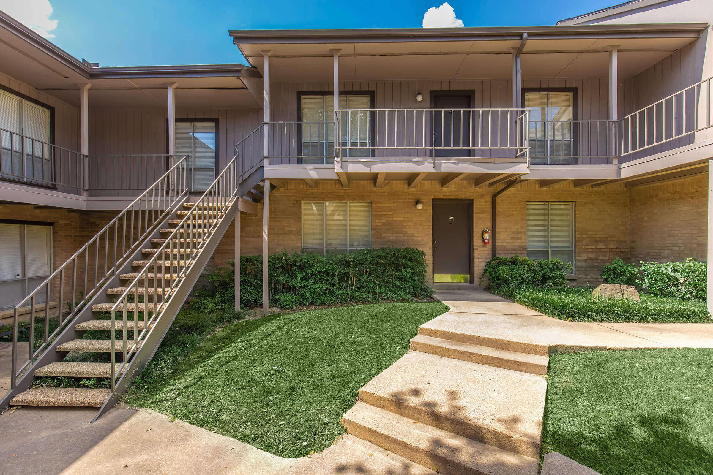 Apartments Near Amberton Fox Hills Apartments for Amberton University Students in Garland, TX