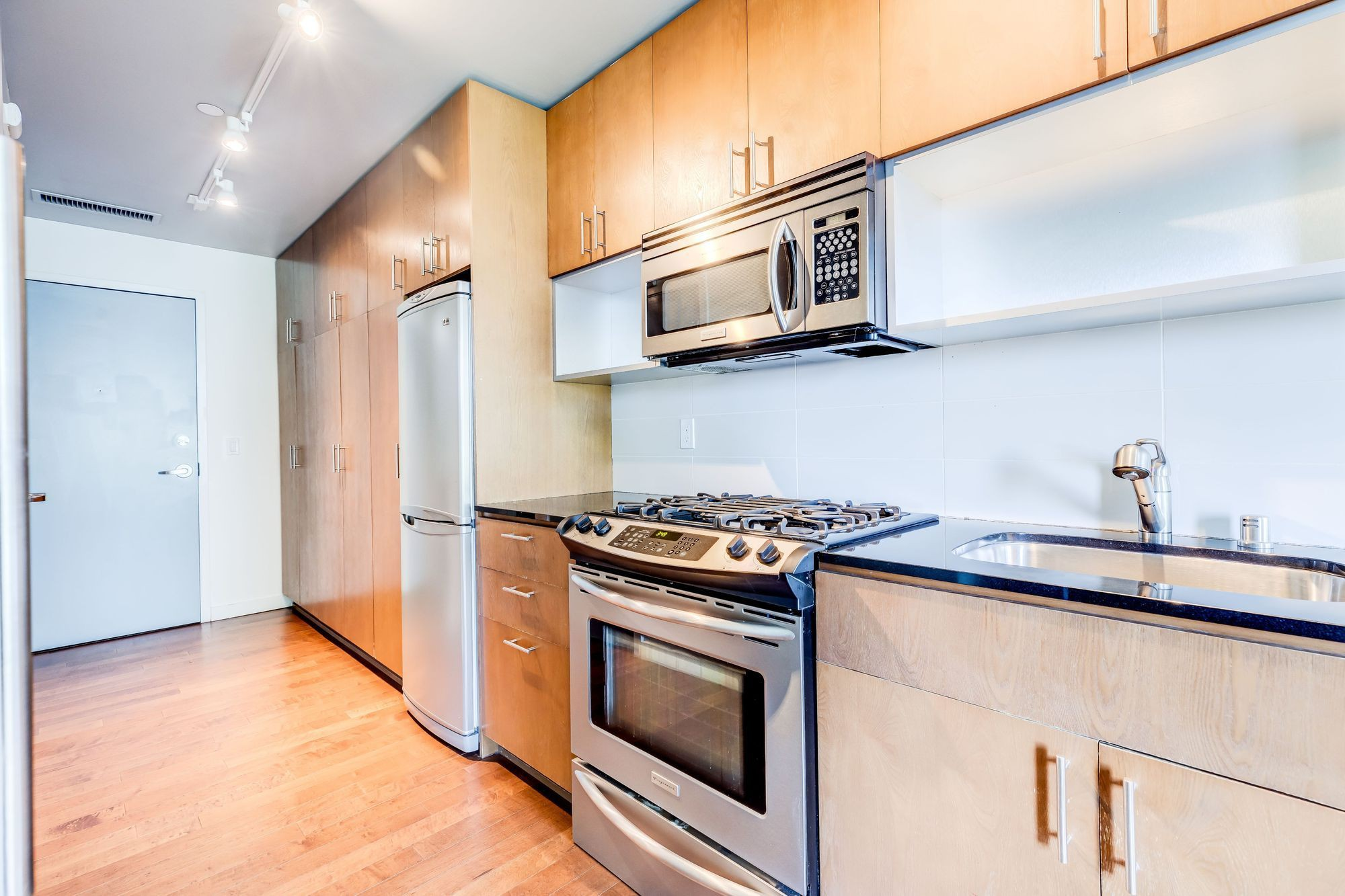 Apartments Near UW Marketside Flats for University of Washington Students in Seattle, WA