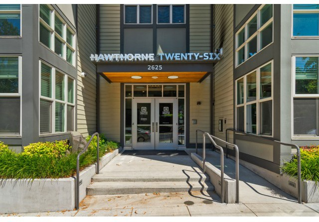 Apartments Near Reed Hawthorne Twenty-Six for Reed College Students in Portland, OR