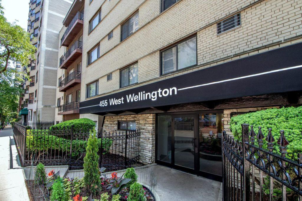 455 W Wellington