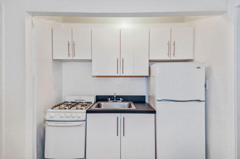 596 W Hawthorne rental