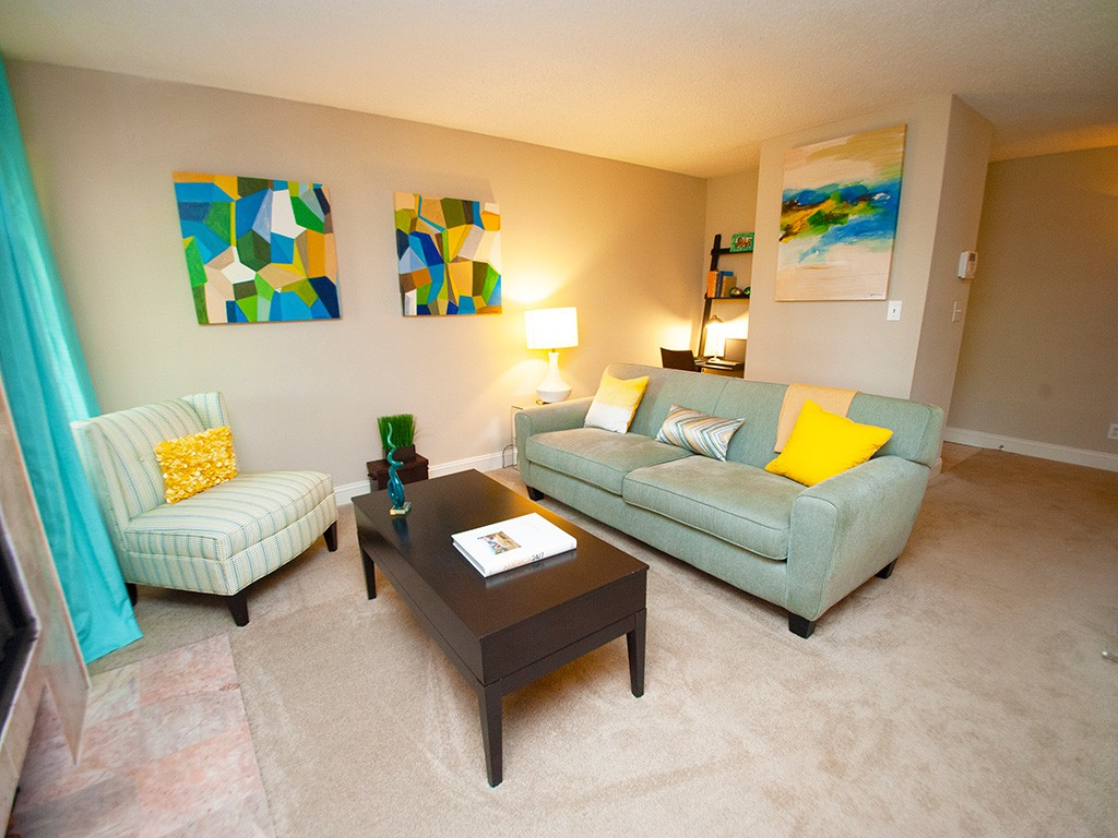 Sterling Oaks Apartments photo