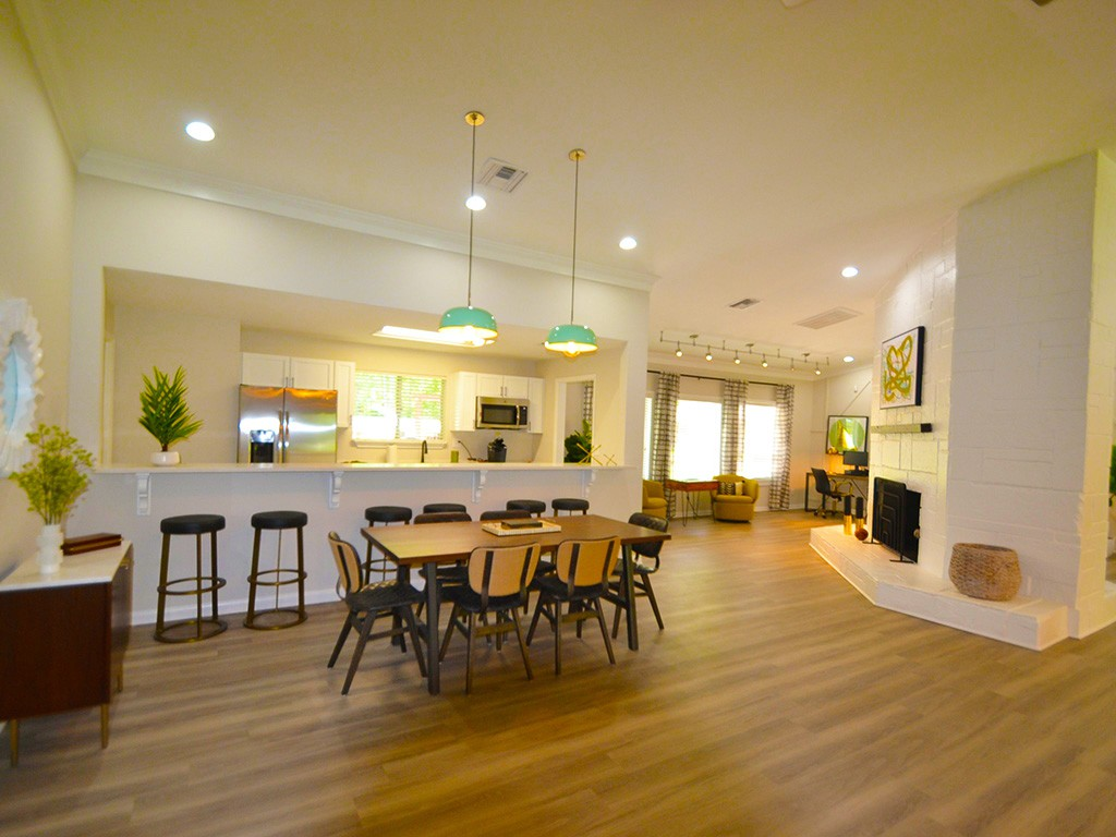 Sterling Oaks Apartments