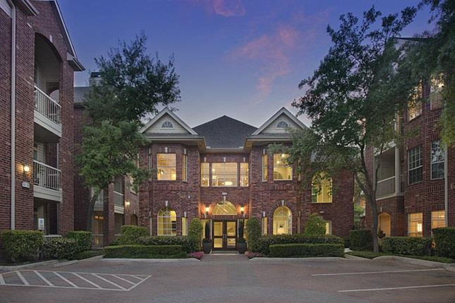 Apartments Near BCM The Belmont for Baylor College of Medicine Students in Houston, TX
