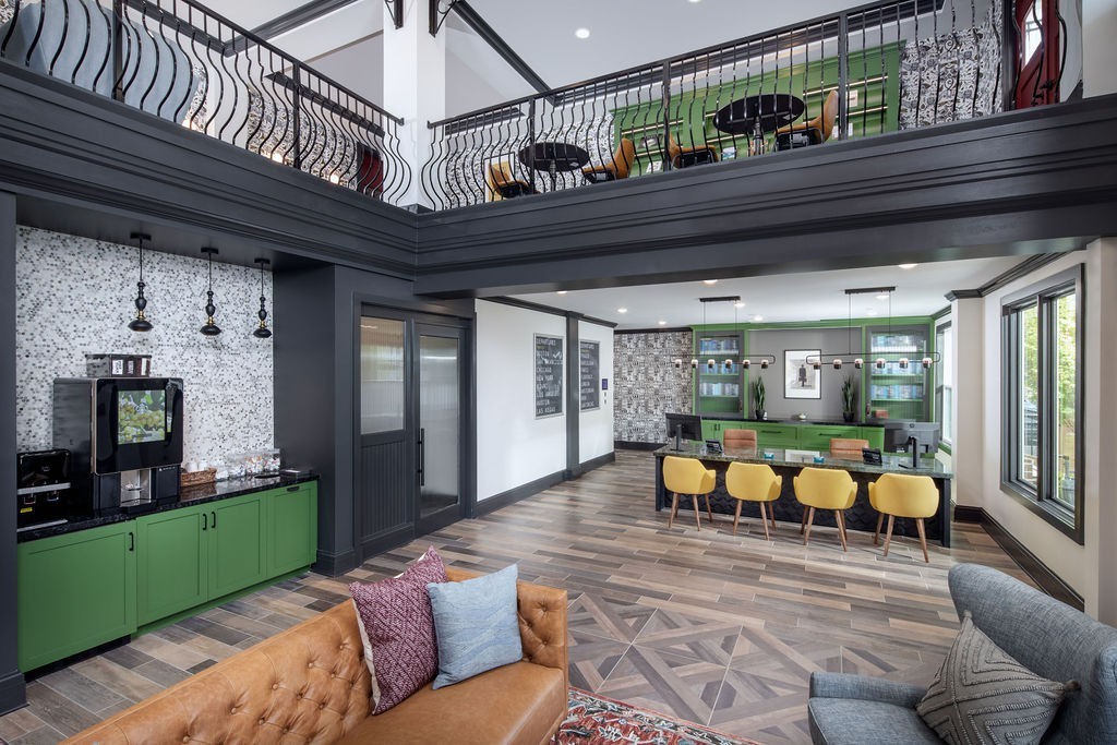 Broadstone Junction for rent