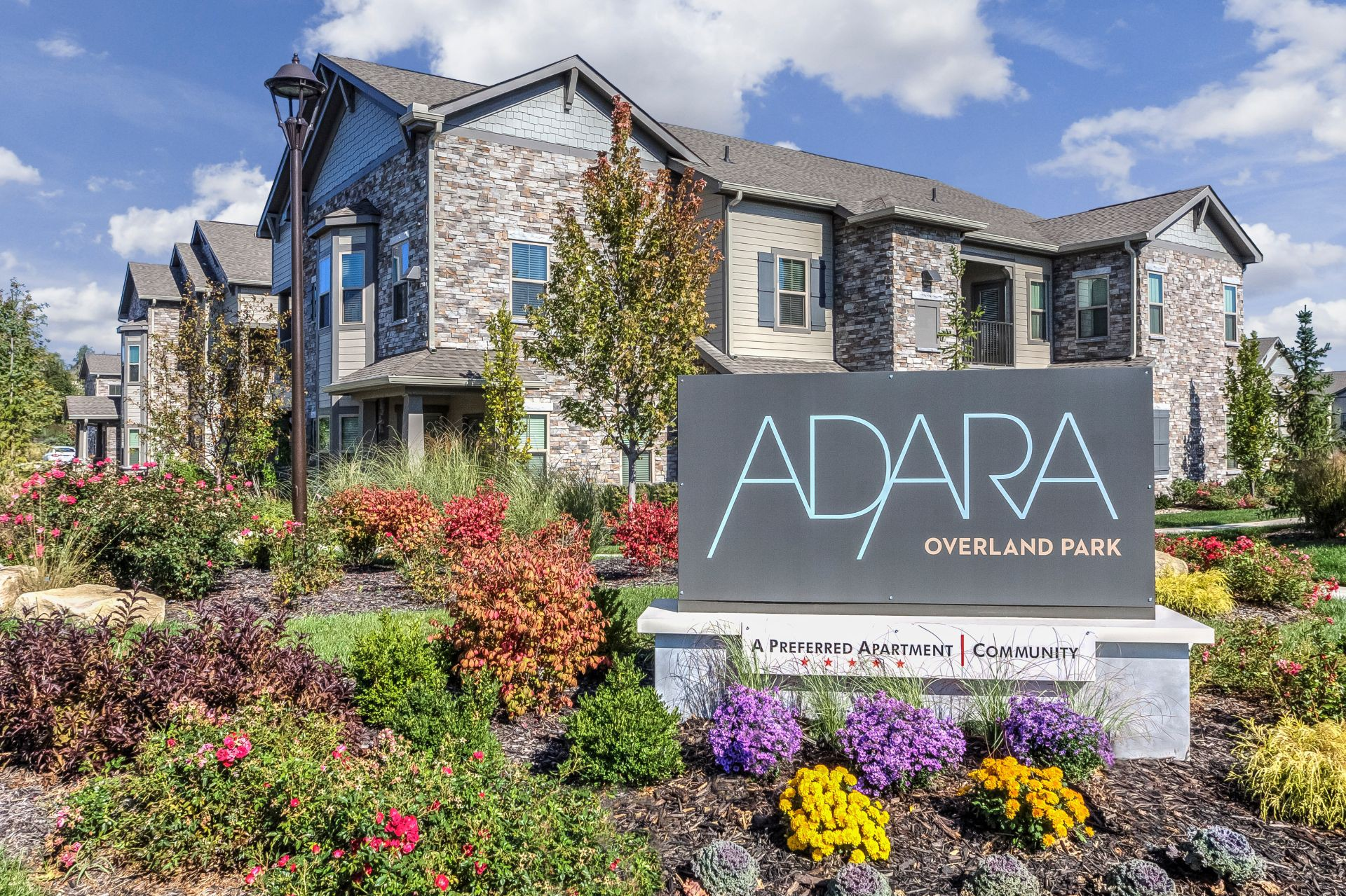 Apartments Near Kansas Adara Overland Park for Kansas Students in , KS