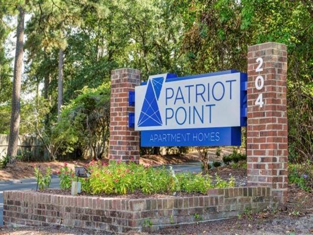 Apartments Near Methodist University Patriot Point for Methodist University Students in Fayetteville, NC