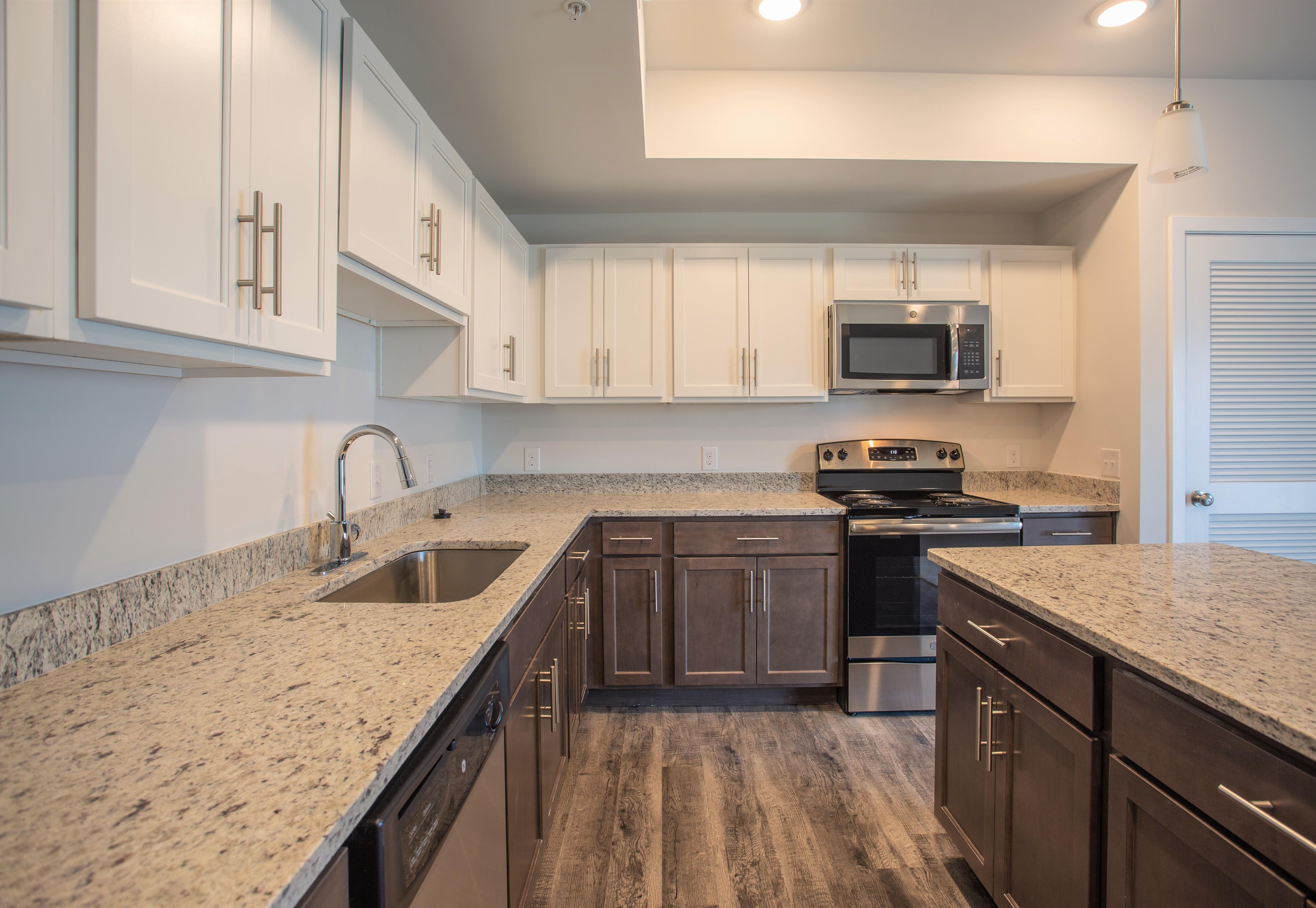 Apartments Near Old Dominion PARK 216 Luxury Apartments for Old Dominion University Students in Norfolk, VA