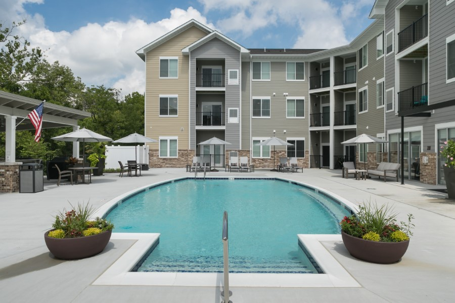 Apartments Near Logan The Trace Apartments for Logan University Students in Chesterfield, MO