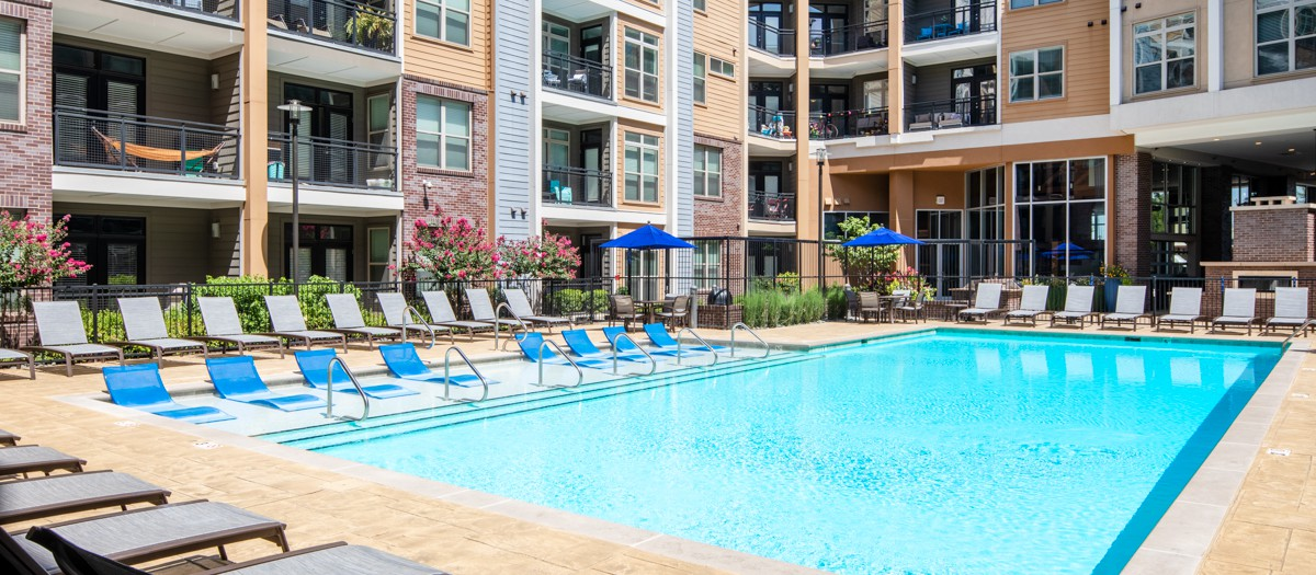 Apartments Near TSU Charlotte at Midtown for Tennessee State University Students in Nashville, TN