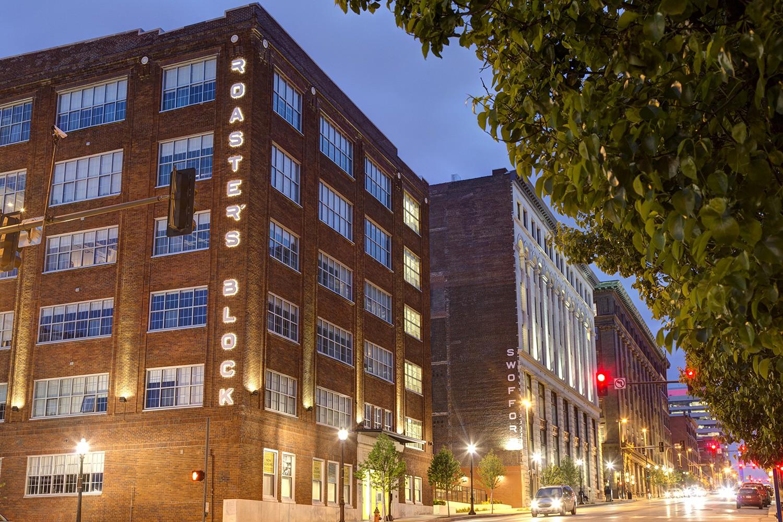 Apartments Near Grantham Roasters Block for Grantham University Students in Kansas City, MO