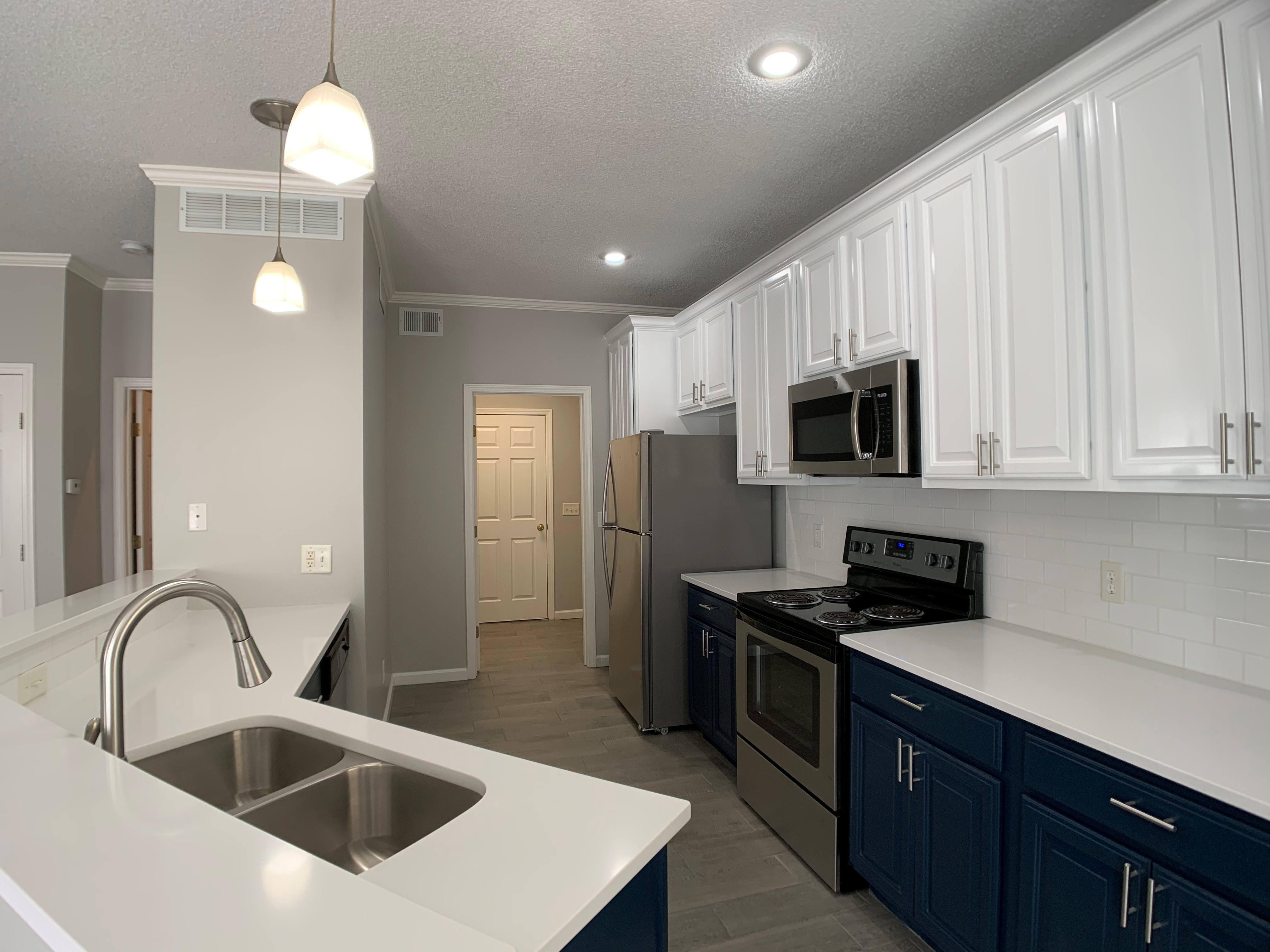 Apartments Near Avila Villas of Loiret Townhomes for Avila University Students in Kansas City, MO