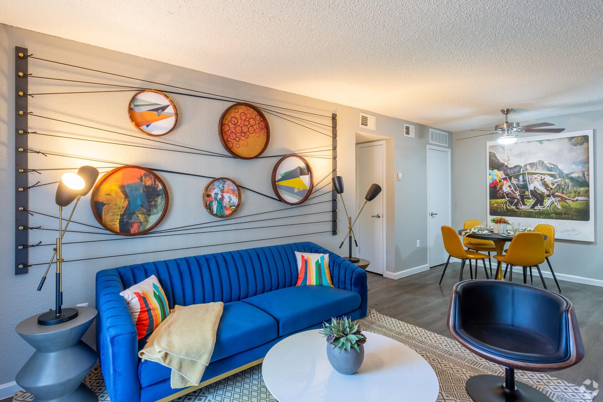 Apartments Near UT Austin Orbit for University of Texas - Austin Students in Austin, TX