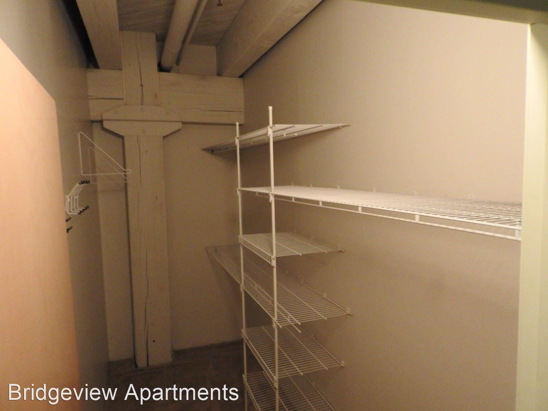 Bridgeview Apartments