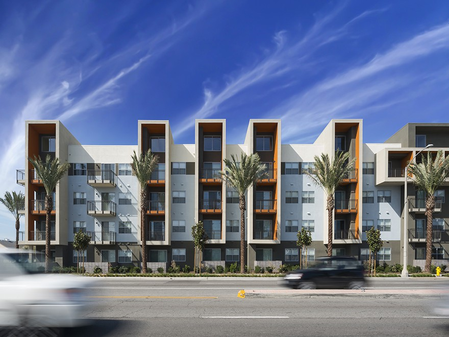 Apartments Near Chapman Aspect for Chapman University Students in Orange, CA