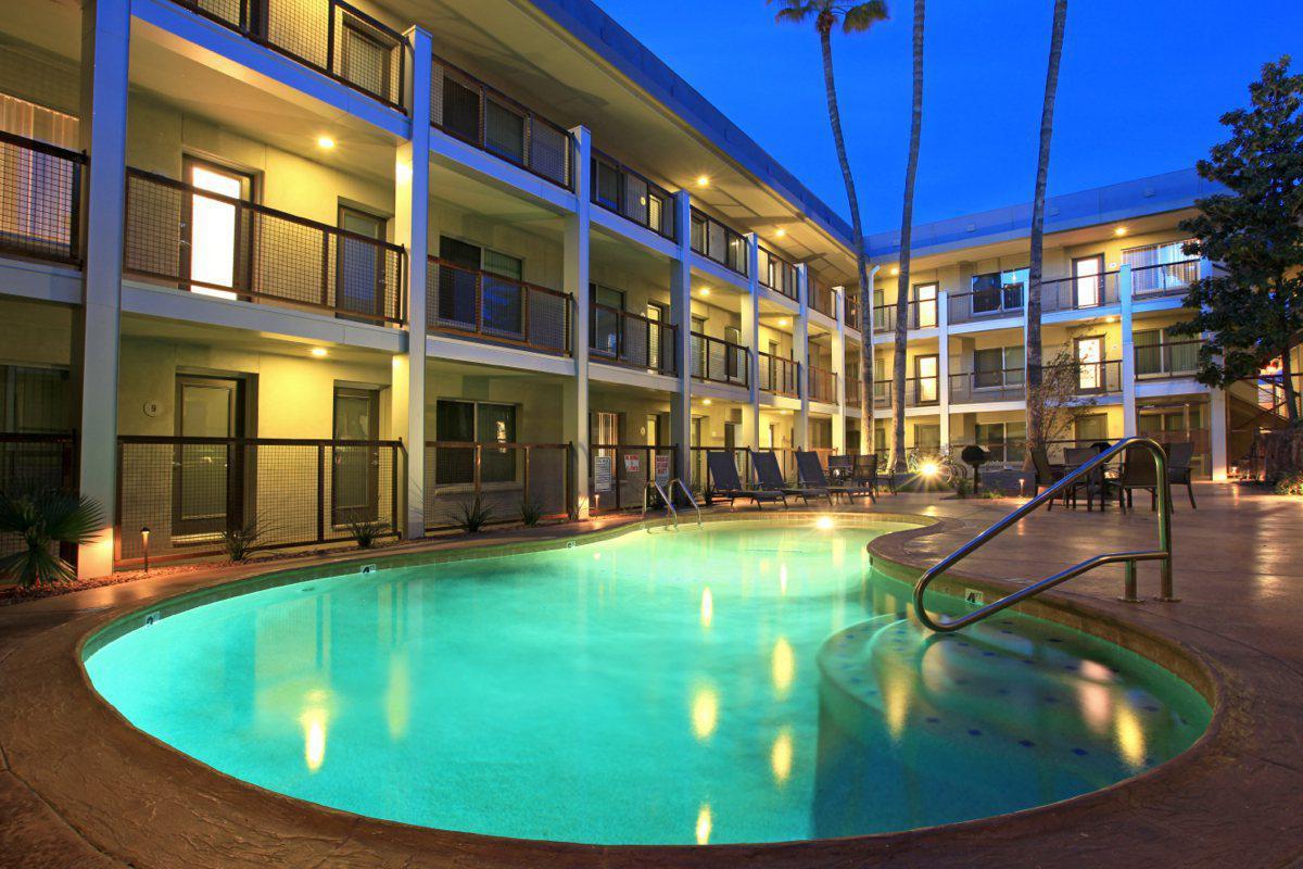 Apartments Near University of Arizona Flats at Julian Drew Block for University of Arizona Students in Tucson, AZ