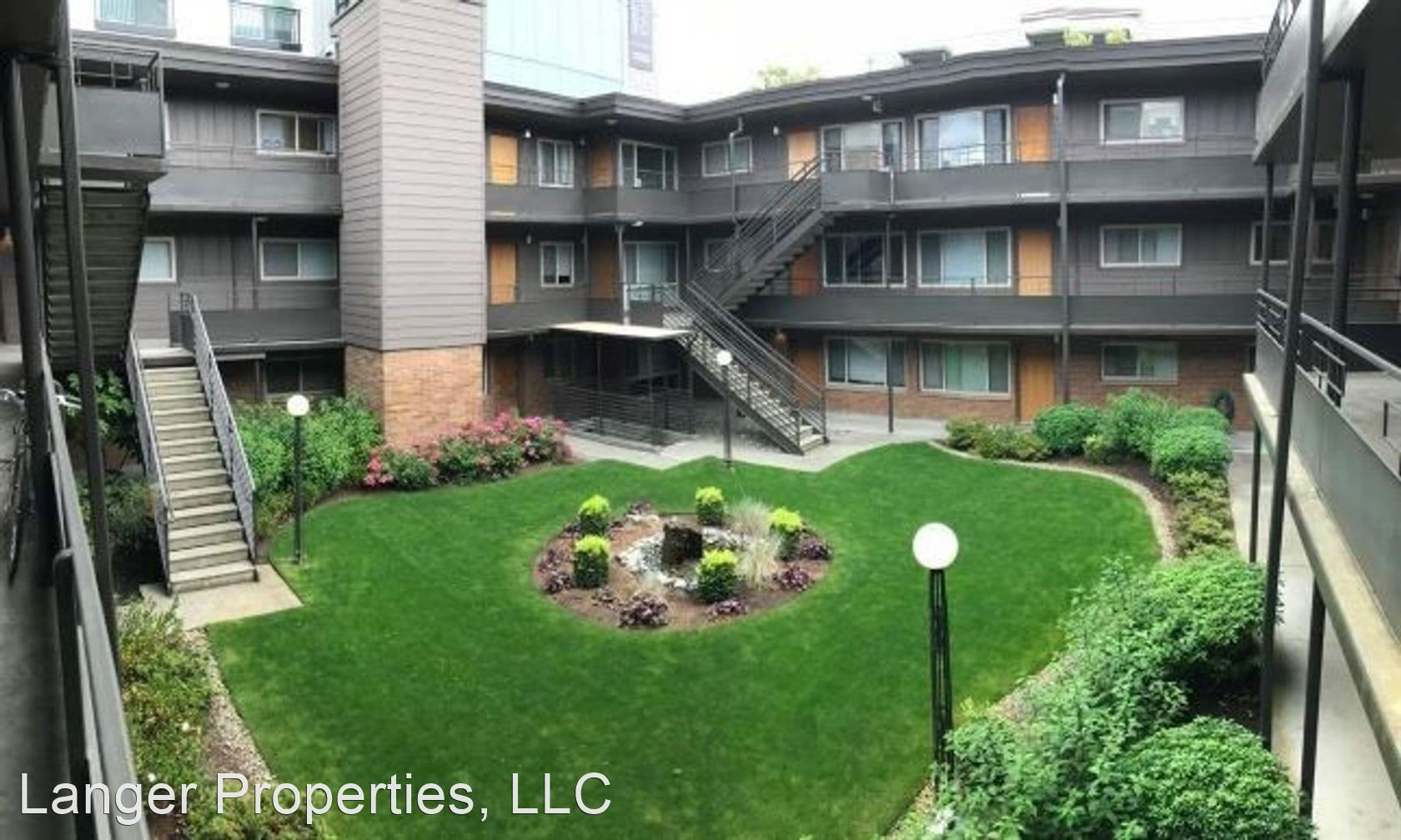 Apartments Near UW North Towne Manor for University of Washington Students in Seattle, WA