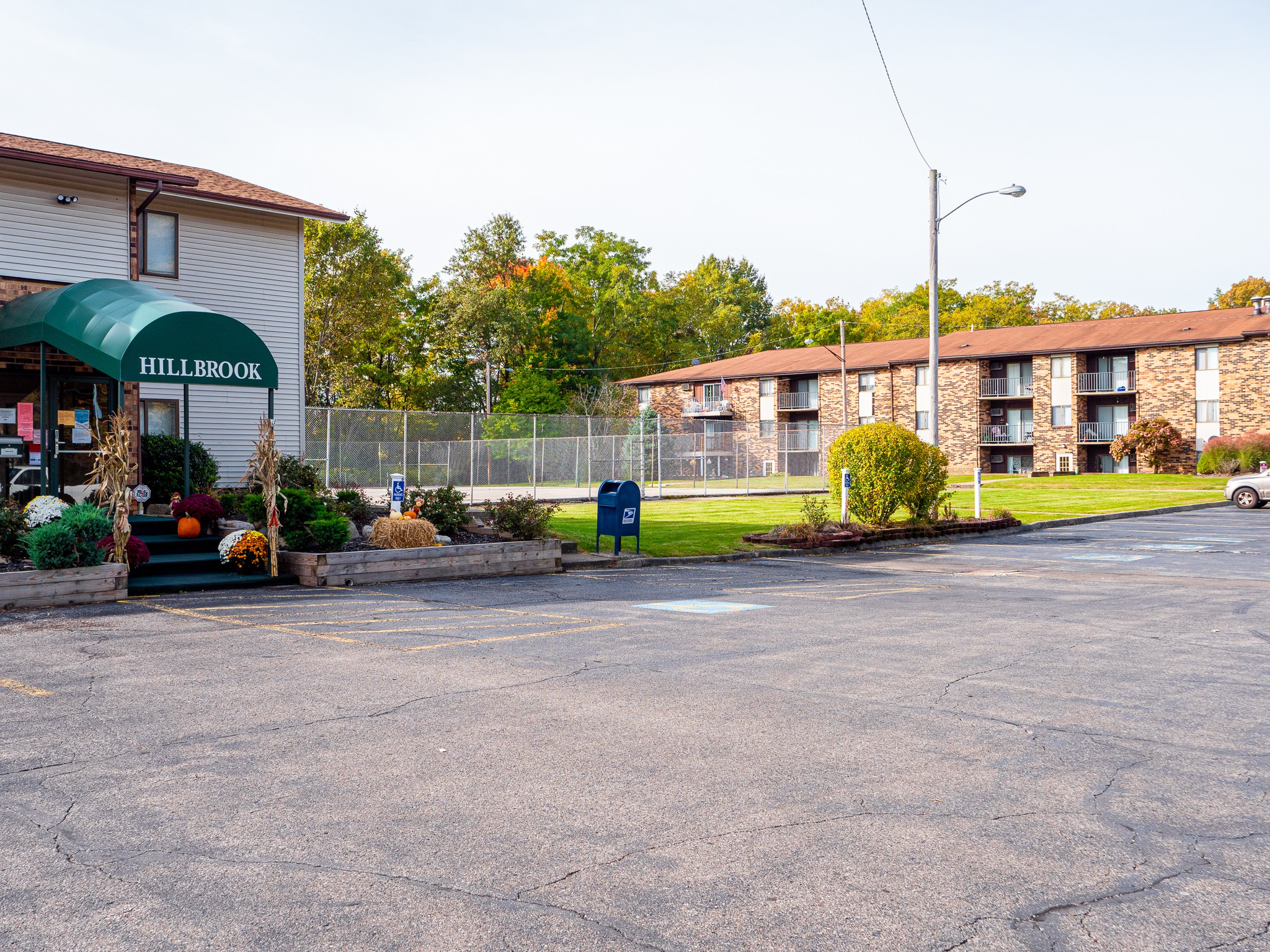 Apartments Near Youngstown State Hillbrook Apartments for Youngstown State University Students in Youngstown, OH