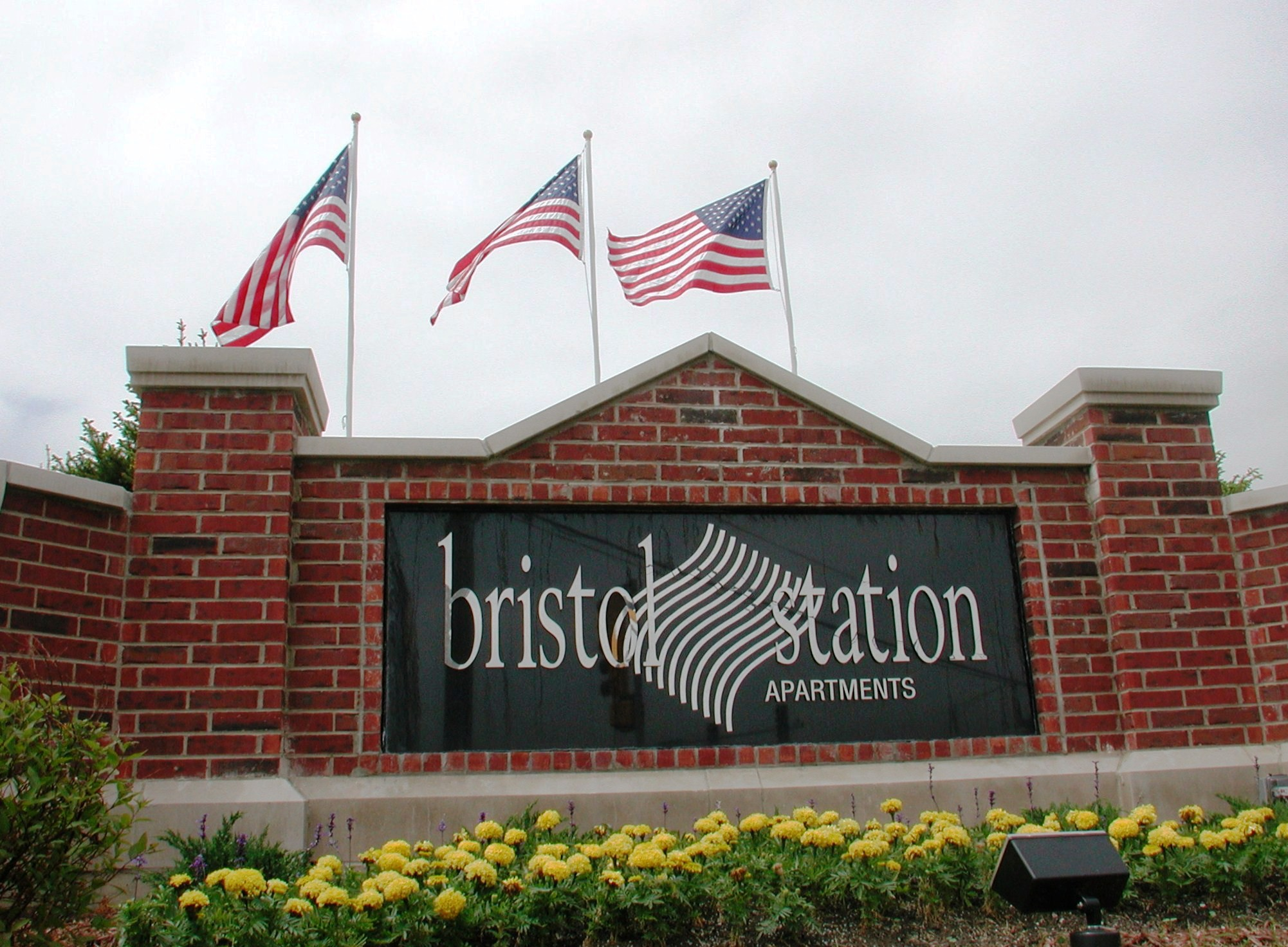 Apartments Near Lewis Bristol Station for Lewis University Students in Romeoville, IL