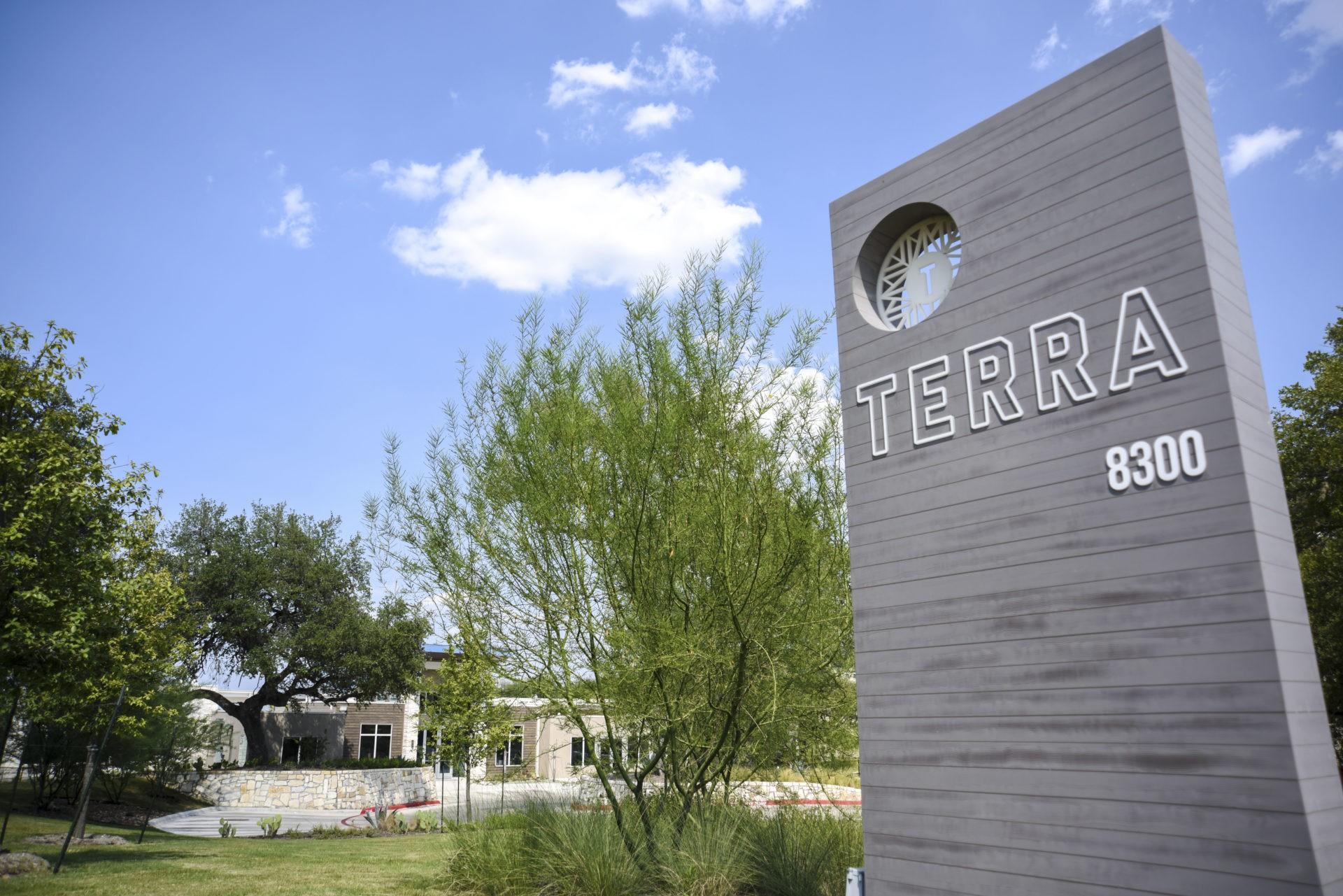 Apartments Near UT Austin Terra for University of Texas - Austin Students in Austin, TX