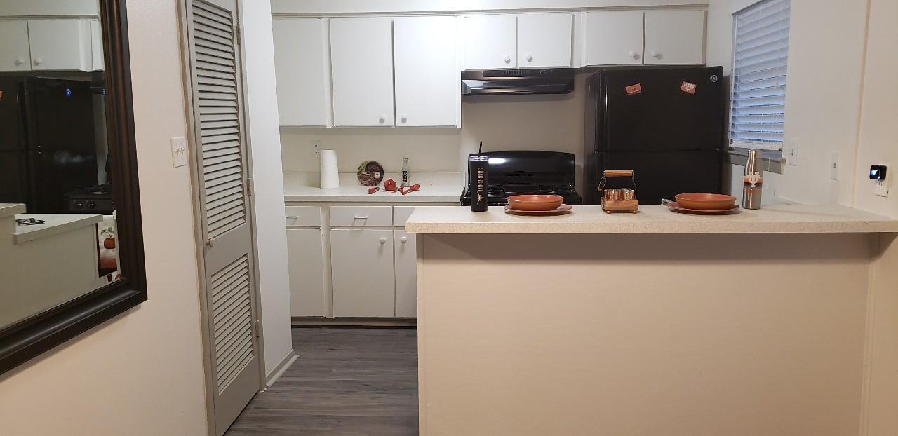 Apartments Near UT Austin Urban Villas for University of Texas - Austin Students in Austin, TX