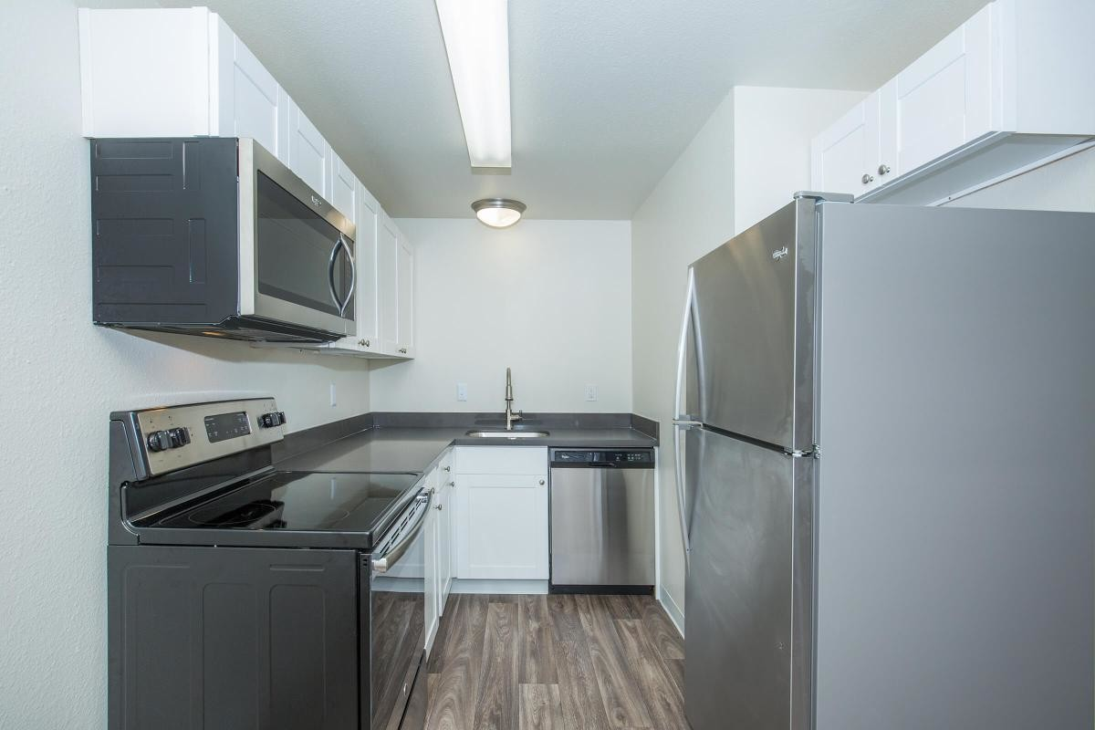 Apartments Near PLU Meridian West for Pacific Lutheran University Students in Tacoma, WA