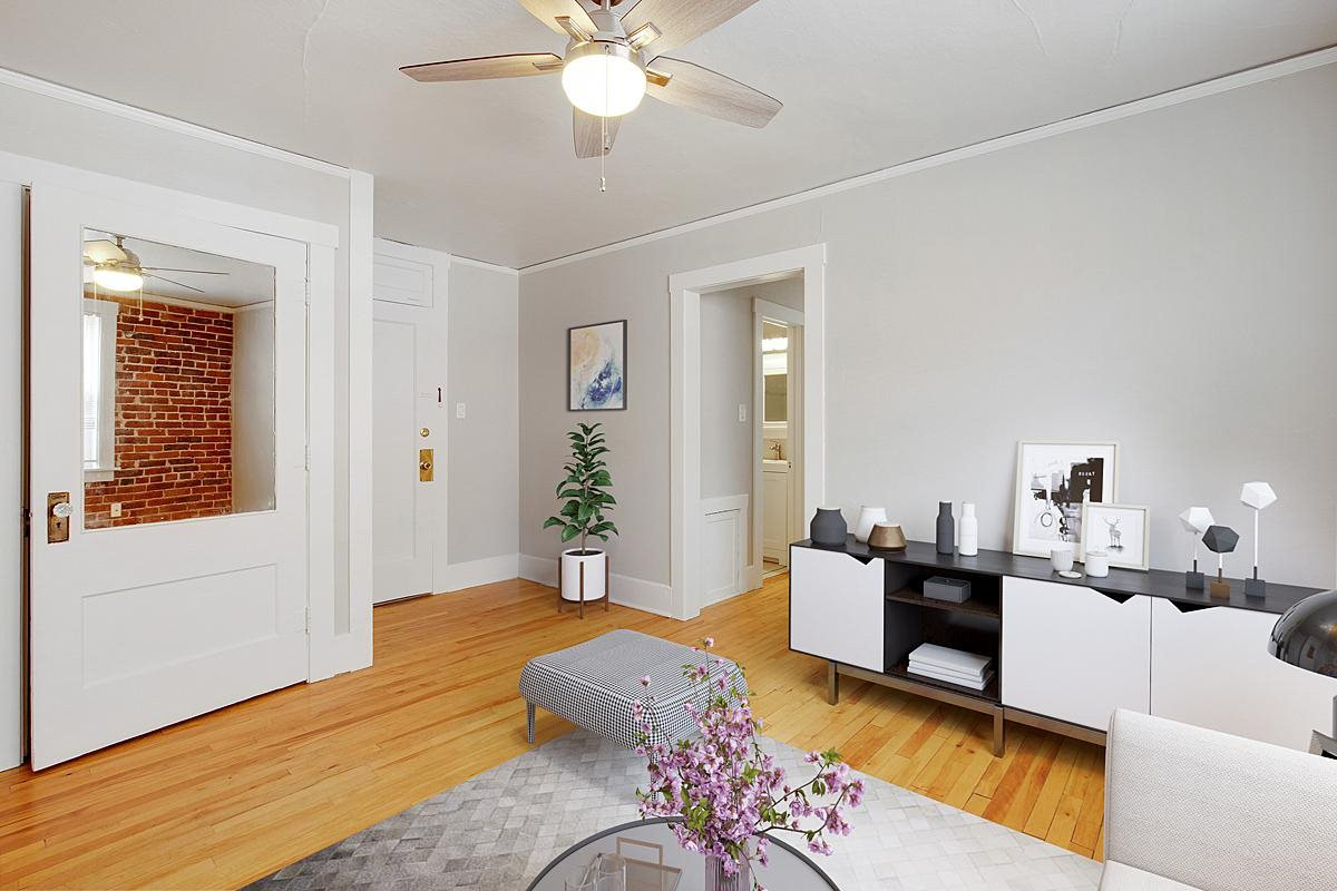 960 Pearl St rental
