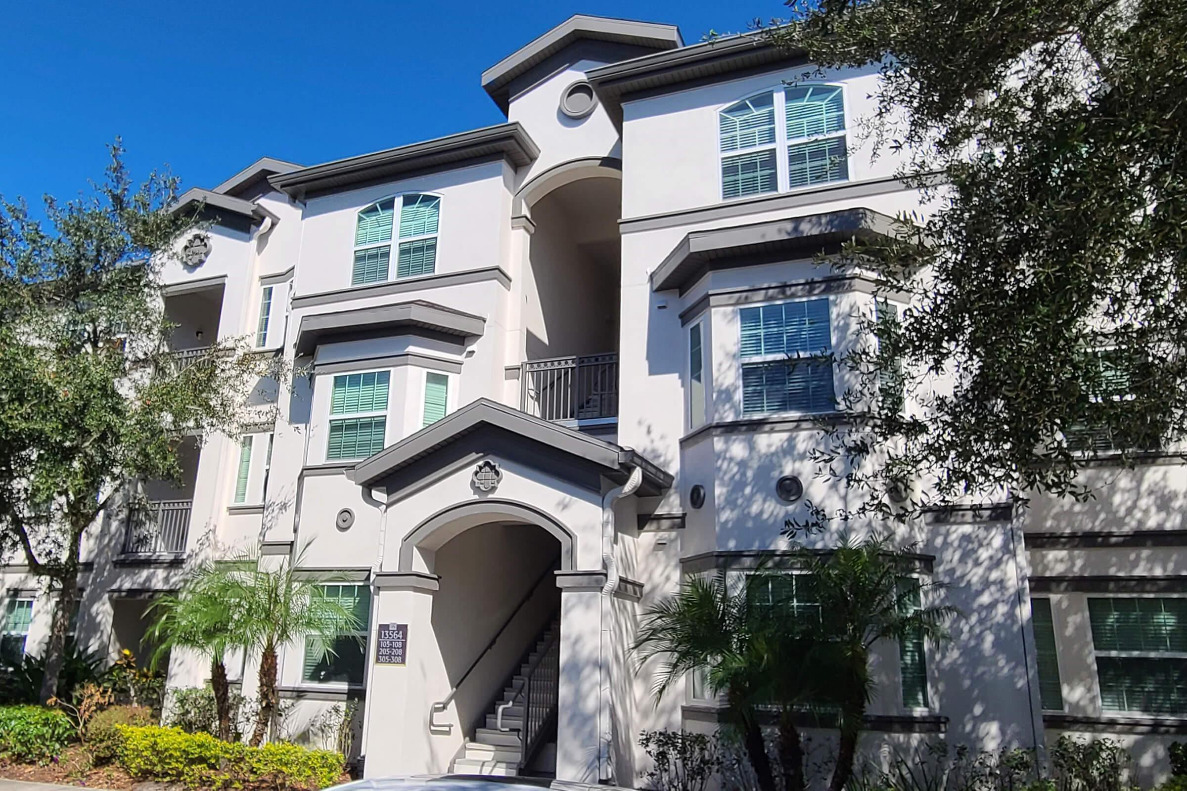 Apartments Near UT The Club at Hidden River for The University of Tampa Students in Tampa, FL