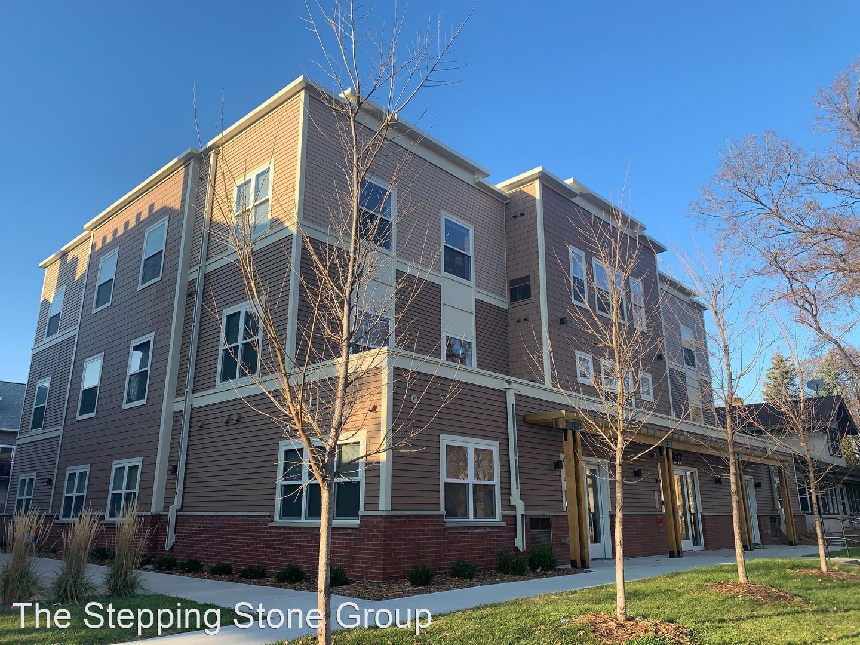 Apartments Near Bethel 617 10th Avenue SE for Bethel University Students in Saint Paul, MN