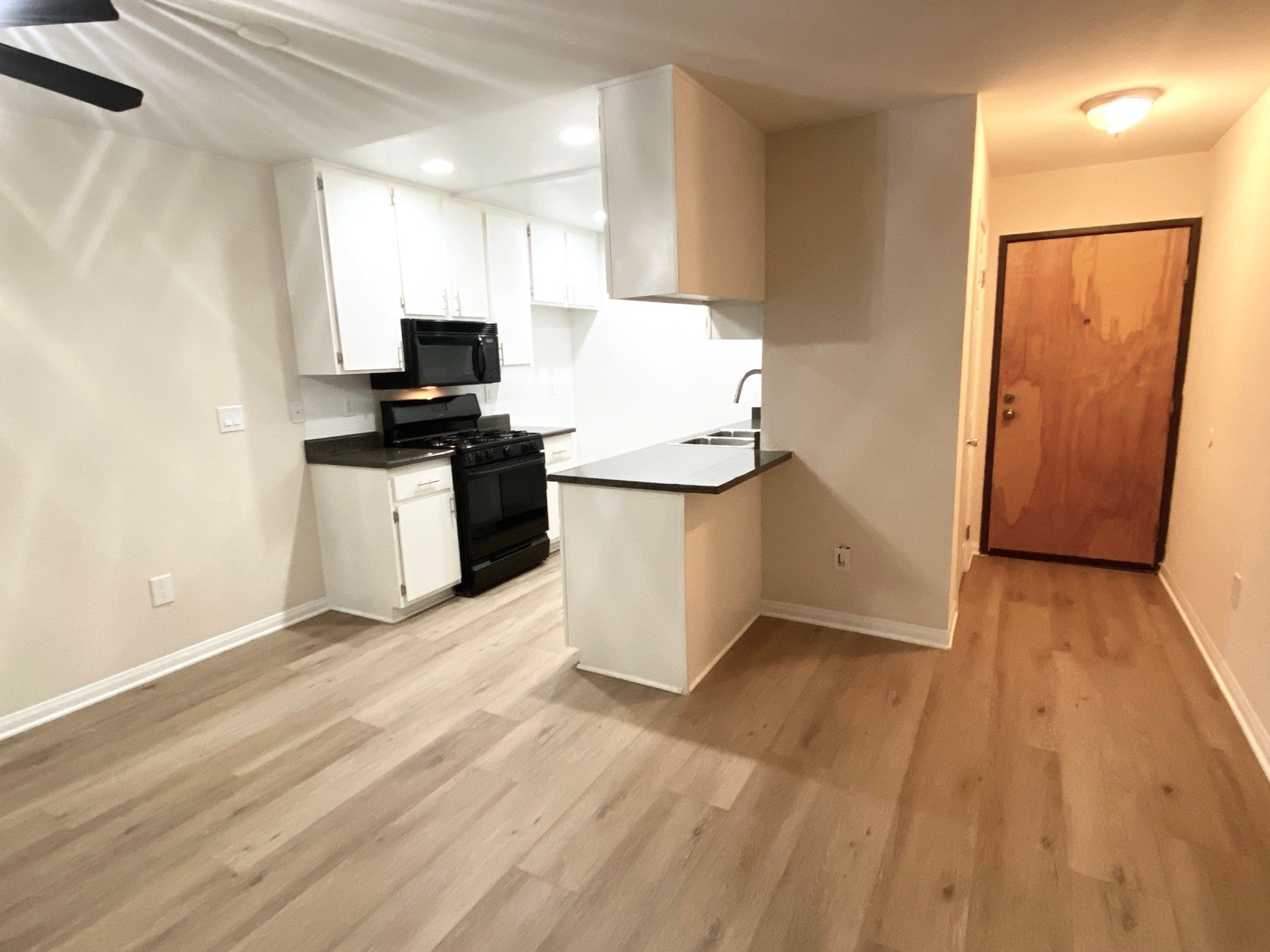 Elizabeth Arms Apartments rental
