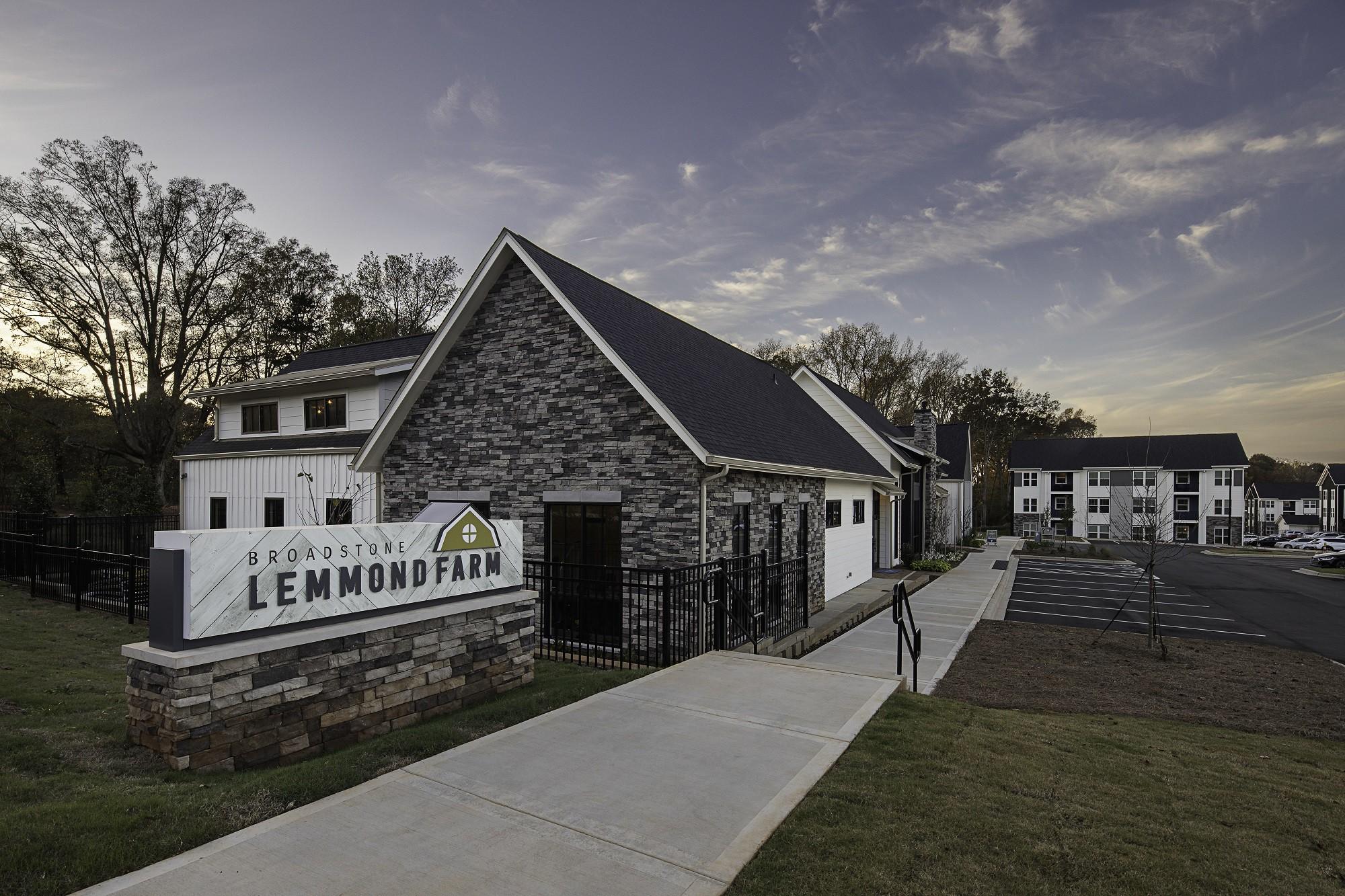 Broadstone Lemmond Farm rental