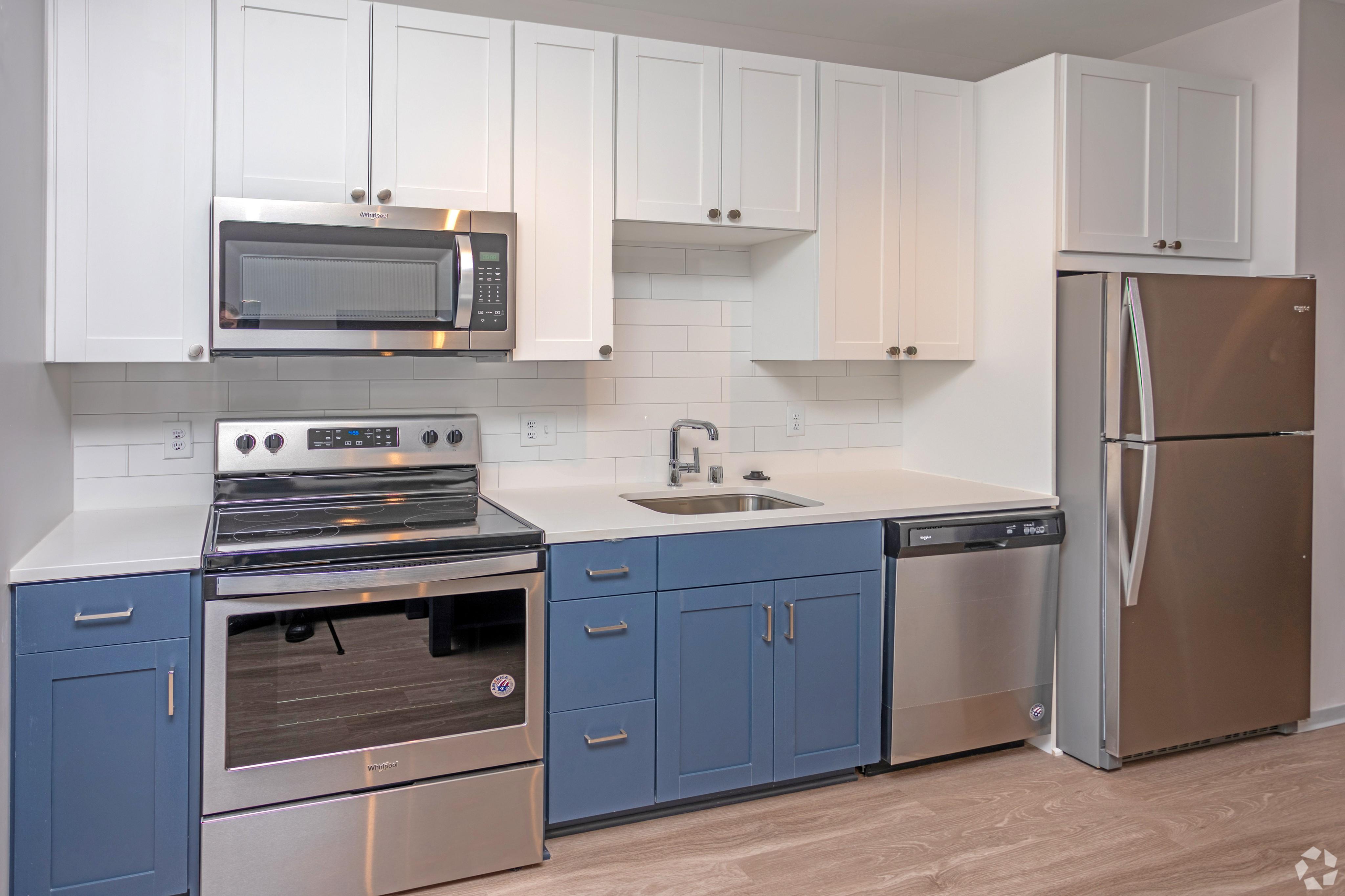 Apartments Near Bethel Student Housing - HERE Minneapolis for Bethel University Students in Saint Paul, MN