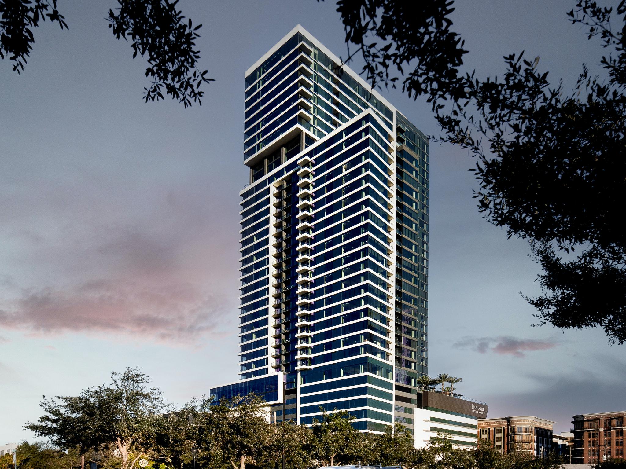 Apartments Near Houston Hanover River Oaks for Houston Students in Houston, TX