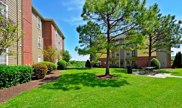 Apartments Near South College Heights of Knoxville for South College Students in Knoxville, TN