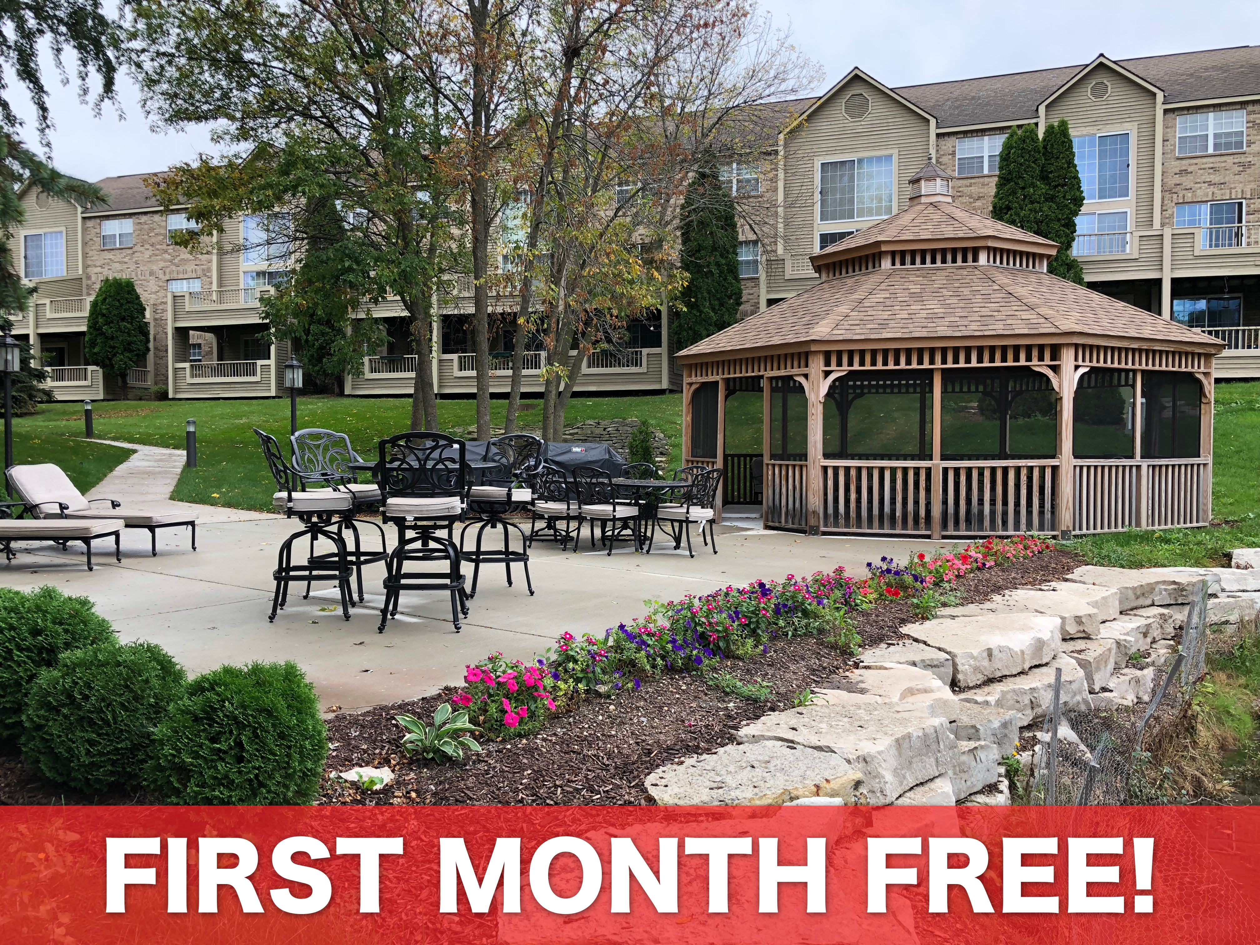 Apartments Near Stritch White Oaks for Cardinal Stritch University Students in Milwaukee, WI