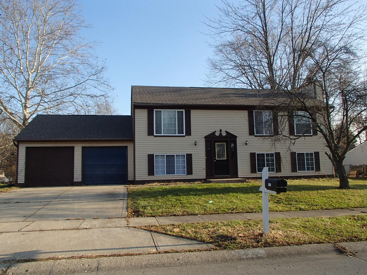 10303 Buckshire Ln Indianapolis In 46234 4 Bedroom Apartment For Rent Padmapper