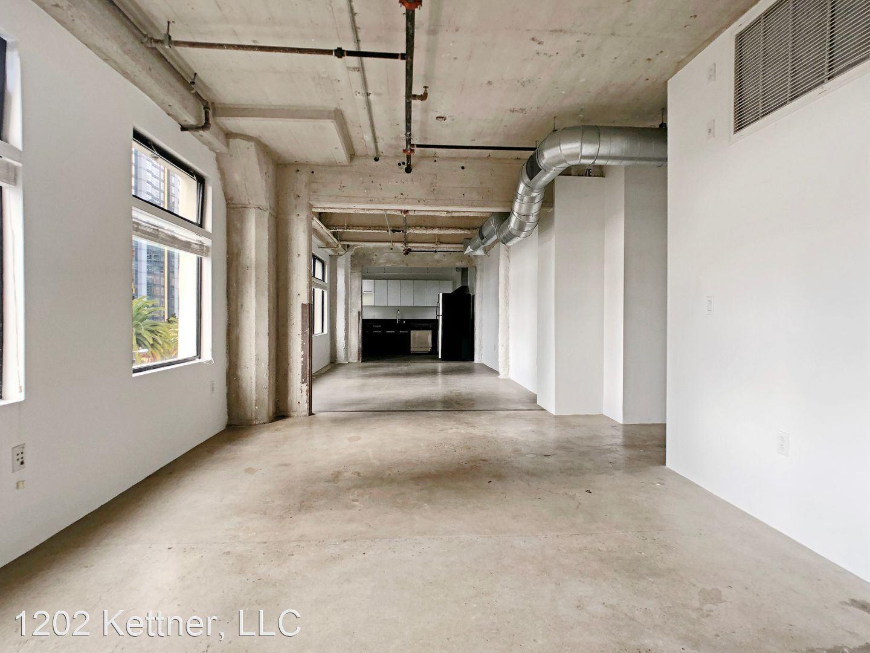 McClintock Warehouse Lofts