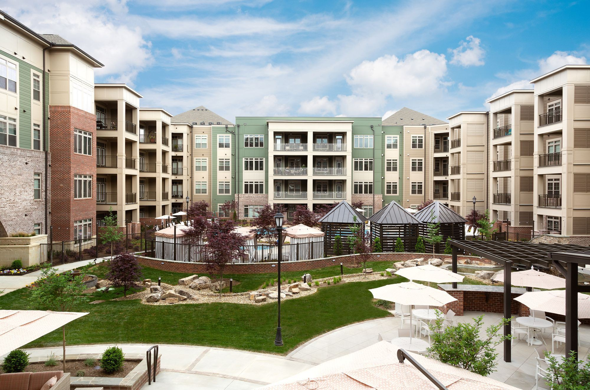 Apartments Near Strayer University-Loudoun Campus Preserve at Westfields for Strayer University-Loudoun Campus Students in Ashburn, VA