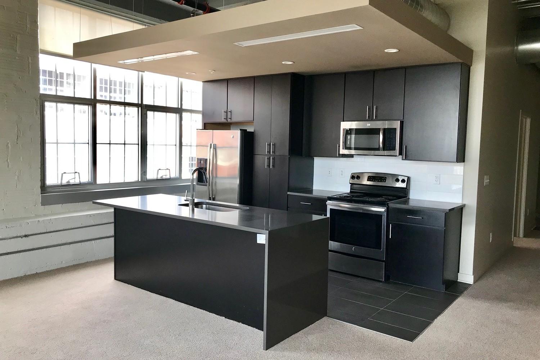 Apartments Near Kansas City Roasters Block for Kansas City Students in Kansas City, MO