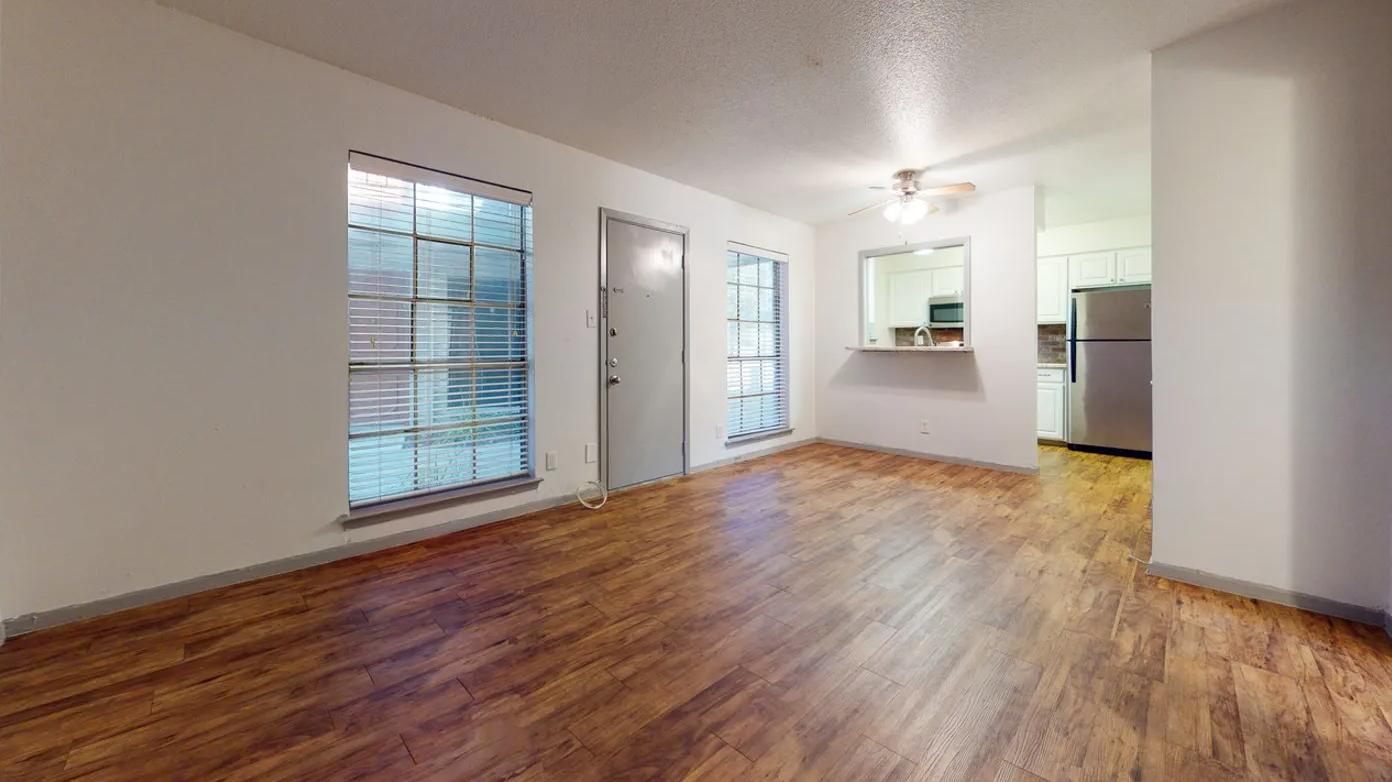 Apartments Near Austin Urban Villas for Austin Students in Austin, TX