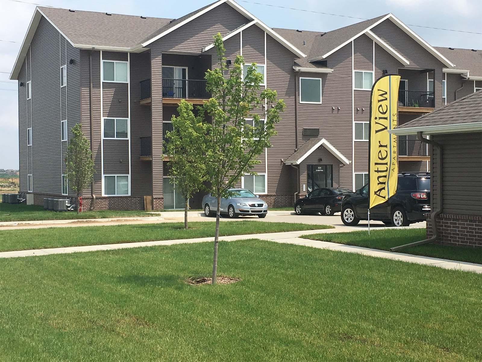 Apartments Near Nebraska Antler View Apartments for Nebraska Students in , NE