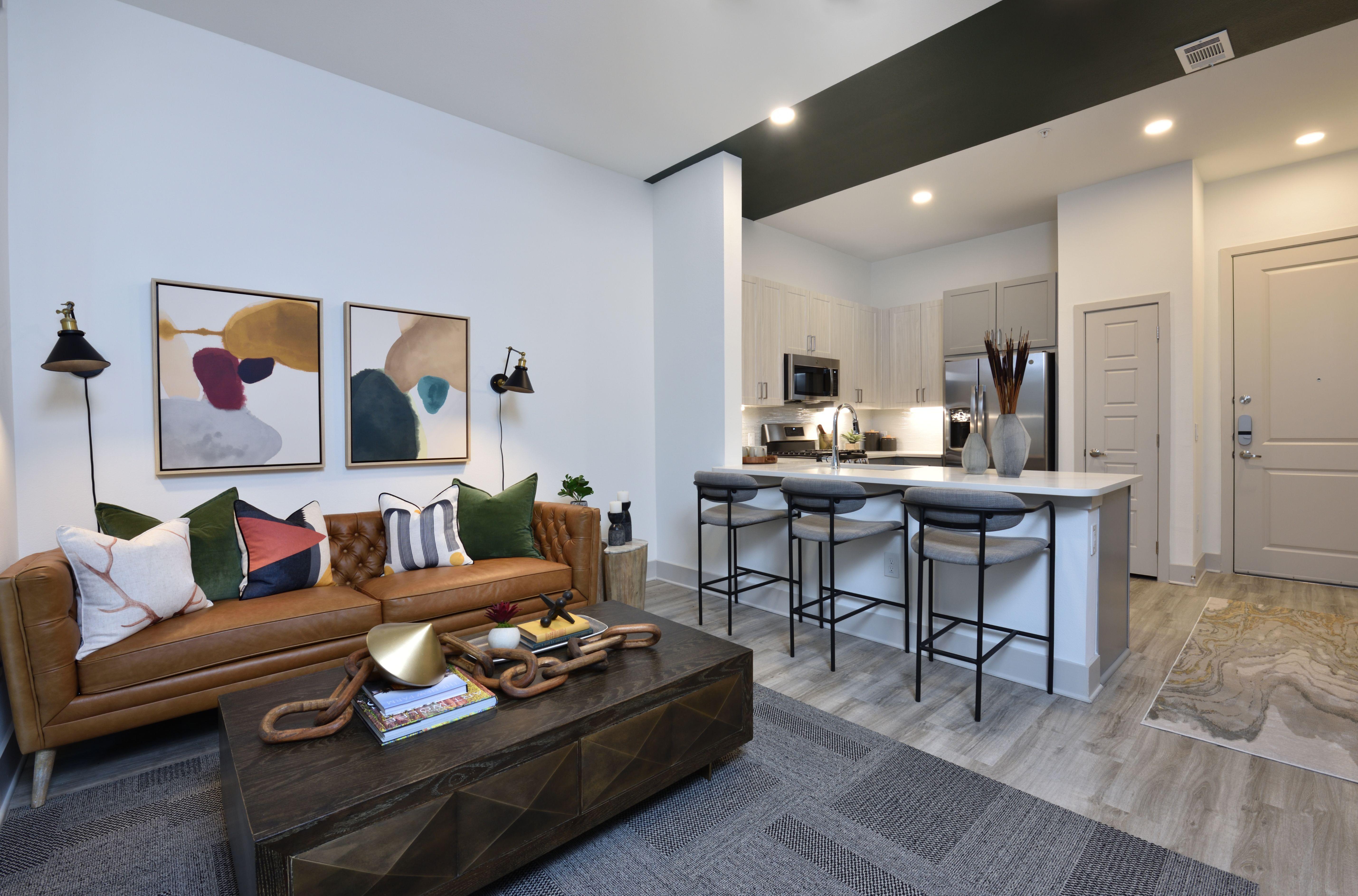 Apartments Near Houston Alta West Alabama for Houston Students in Houston, TX