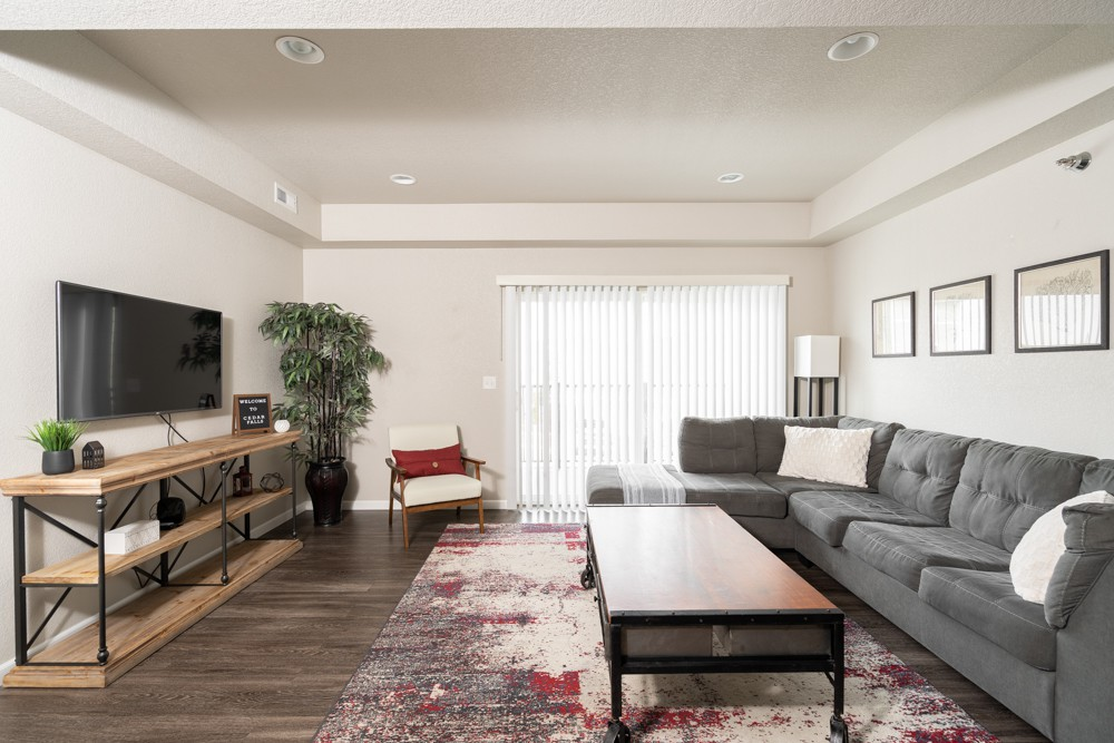 Apartments Near Allen College Willow Falls for Allen College Students in Waterloo, IA
