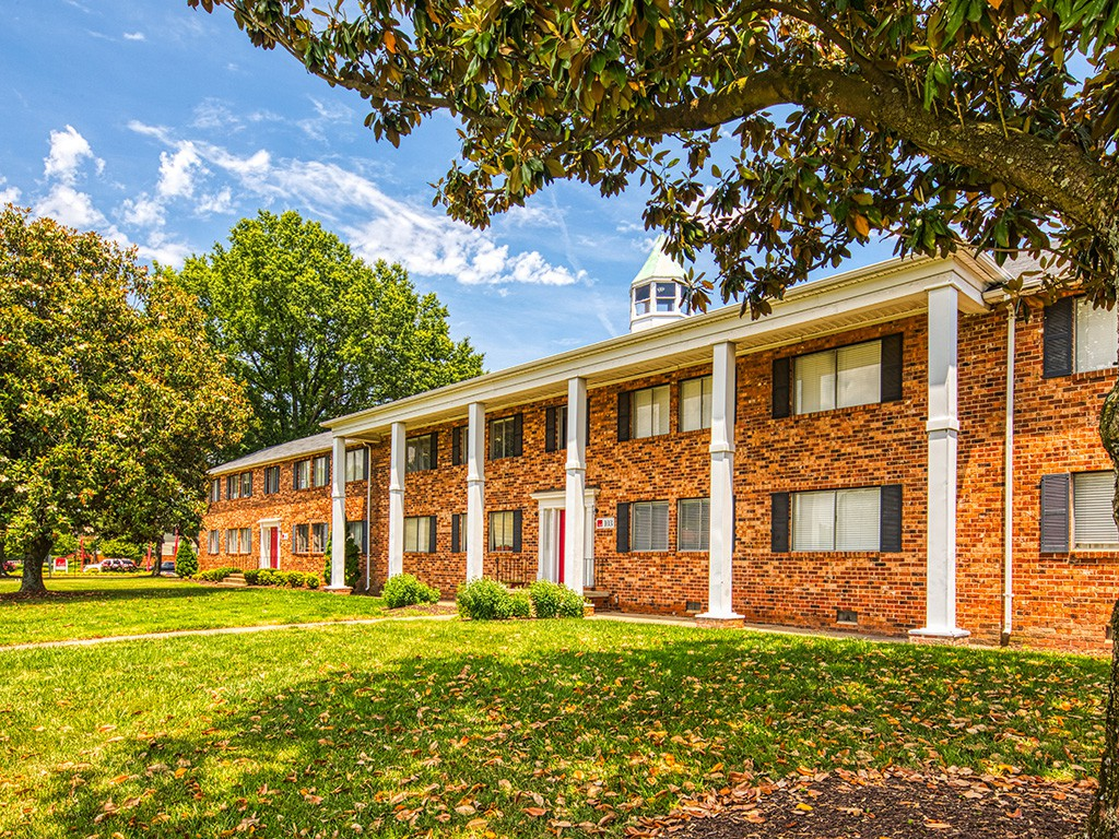 11 North at White Oak for rent