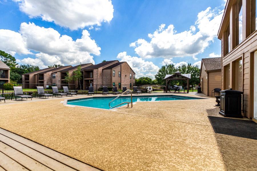 Lakebridge Apartments rental