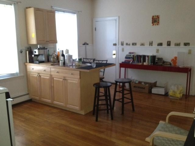 Caldwell Ave 2 Somerville Ma 02143 2 Bedroom Apartment For Rent Padmapper