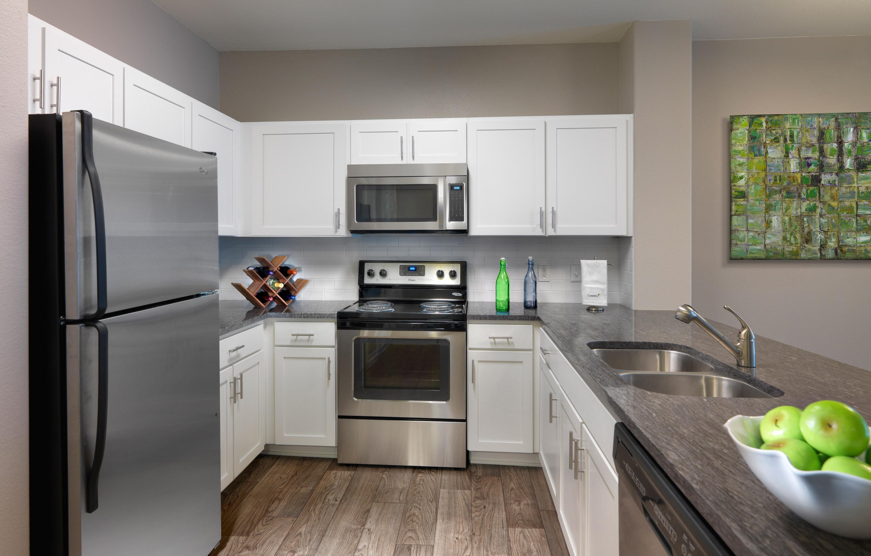 Camden Denver West Apartments for Rent - 1910 Denver W Dr ...