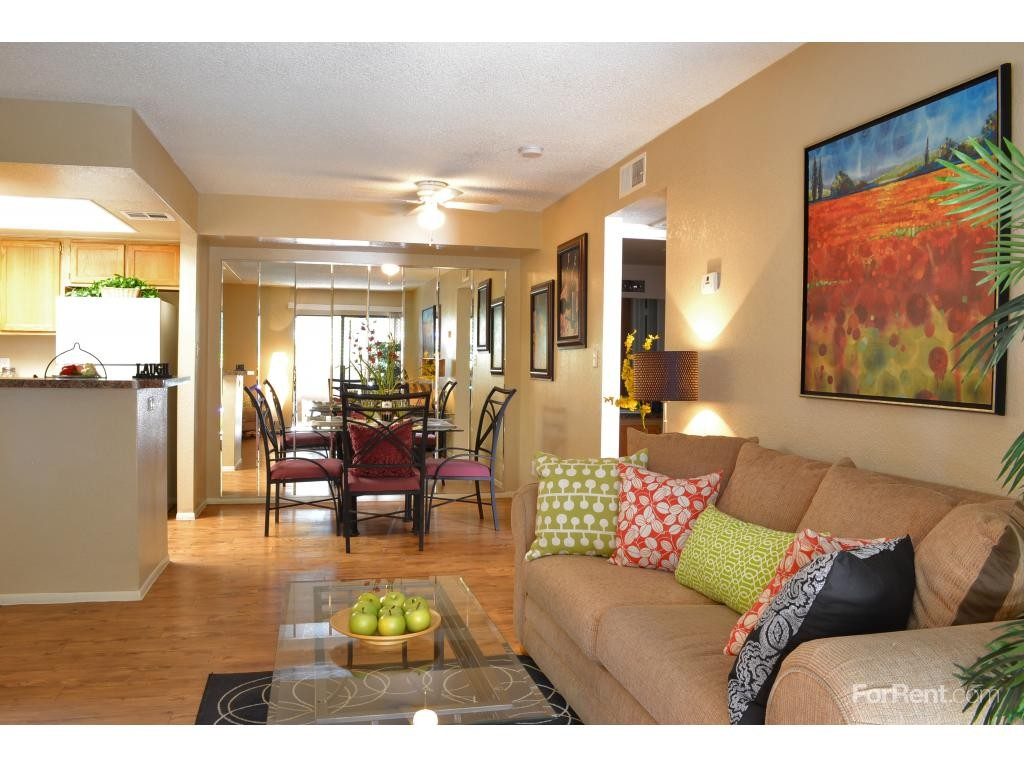 Sienna park apartments for rent 6444 n 67th ave glendale az 85301 with 3 floorplans zumper for Cheap 1 bedroom apartments in glendale az