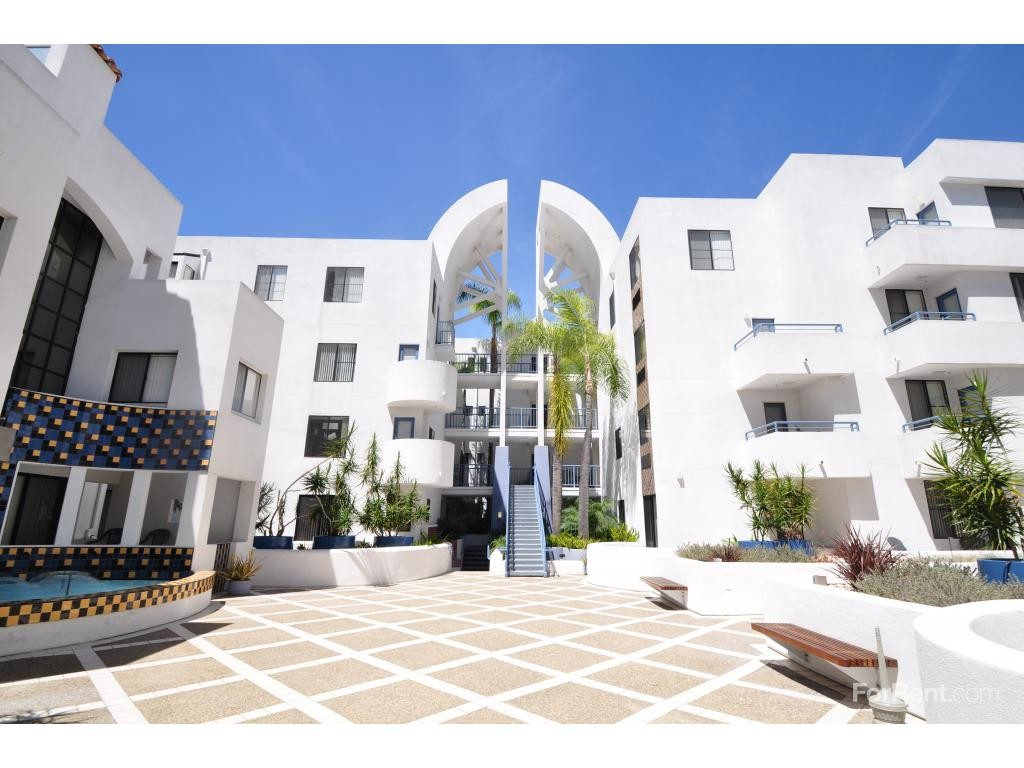 450 J St 7131 San Diego CA 2 Bedroom Apartment for Rent