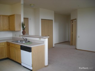 723 S Main St, West Bend, WI 53095 - Apartment for Rent | PadMapper